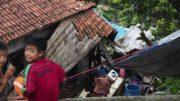 Penyaluran Bantuan bagi Korban Banjir Garut